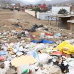Colegio contrata servicio de recojo de basura ante falta de recolectores municipales