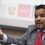 """Arbizu: """"Kuczynski se contradice al calificarse como socialista"""""""