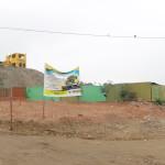Vecinos limpian acumulación de basura en av. Ramiro Merino