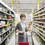 Revisar las etiquetas de productos antes de consumirlos, evitará posibles accidentes en el hogar