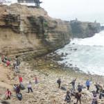 """Colectivo ciudadano realizó jornada de limpieza en la playa """"El salto del fraile"""""""