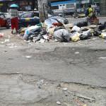 Vecinos se quejan por pistas deterioradas y cúmulo de basura en la avenida Los Héroes