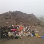 Dirigente pide retiro de desmonte y basura en avenida Los Diseñadores del Parque Industrial