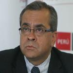 Población considera que la interpelación del ministro Jaime Saavedra se debería a intereses políticos