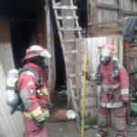 Incendio en carpintería dejó solo daños materiales