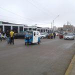 Municipalidad realiza reordenamiento vehicular en mercado Villa Sur