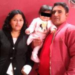 Padres de bebé baleada agradecen por regreso y recuperación de su hija