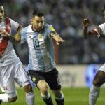 Peruanos orgullosos por empate de la selección peruana ante Argentina en la Bombonera