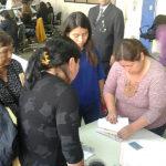Subsidios de comedores populares fueron entregados en medio de reclamos en Villa El Salvador