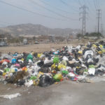Villa María del Triunfo: Vecino pide que Municipio recoja la  basura que se encuentra frente a SENATI