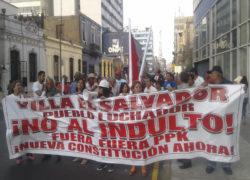Colectivo de Villa El Salvador participa en marcha contra indulto a Fujimori