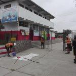 Soldados del ejército realizan pintado y limpieza en colegio Francisco Bolognesi de Villa El Salvador