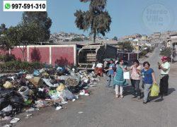 Directora exige recojo de basura que afecta a 300 niños de educación inicial en Villa María del Triunfo