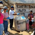 Sadapal entrega donación de tanques para familias vulnerables