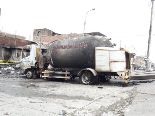 Villa El Salvador: Se registra 3 muertos y 48 heridos por explosión de cisterna